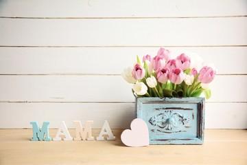 Muttertag - Blumenstrauß - Mama