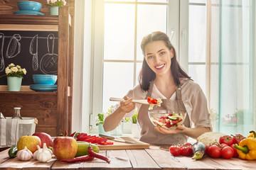 woman is preparing the vegetables
