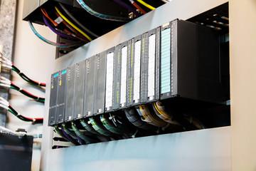 PLC programable logic controler,