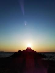 孤島と夕日