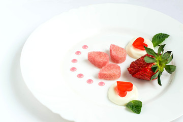 Exquisite dessert with strawberries