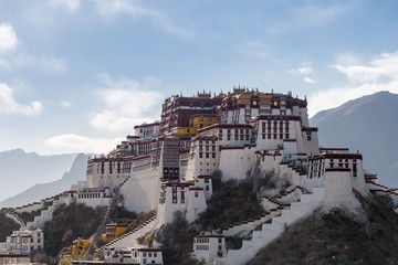 the potala palace in the afternoon