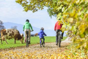 Familien-Radtour im herbstlichen Oberbayern