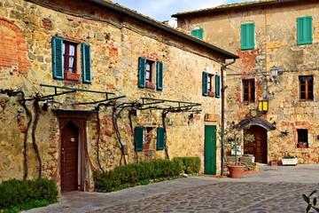 vecchio borgo medievale toscano di Monteriggioni