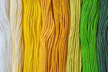 Shade of yarn in yellow and green tone