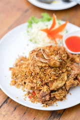 Deep fried Soft Shell Crab with garlic and pepper, chili.