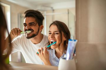 Brushing my teeth Fototapete