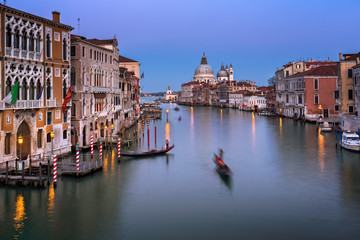 Fototapete - Grand Canal and Santa Maria della Salute Church in the Evening, Venice, Italy