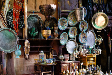 Keuken foto achterwand Marokko ceramic goods on moroccan market, Marakkesh