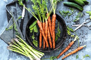 Karotten und Spargel