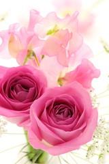 薔薇とスイートピー