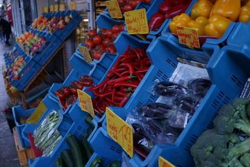 市場 野菜 果物 屋外