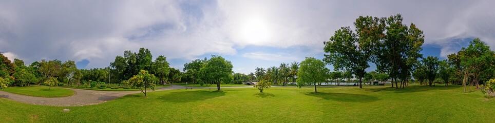 360 Panorama of public park - fototapety na wymiar