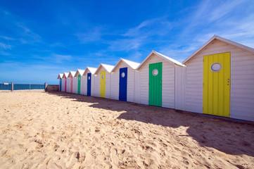 Cabines de plage couleurs