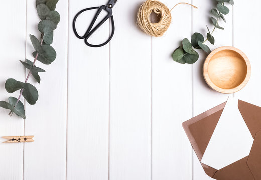 Simple objects and eucalyptus branches