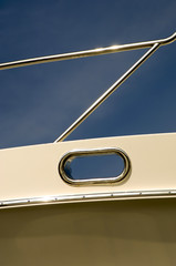 Graphic Image of stainless railing and line hawse on yacht