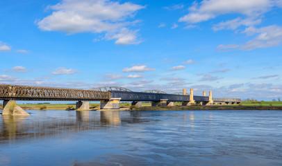 Obraz Most drogowy w Tczewie - fototapety do salonu