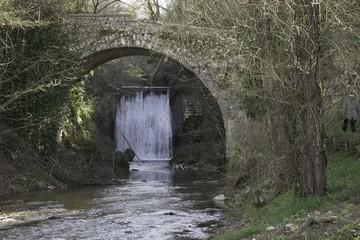 ponte cascata