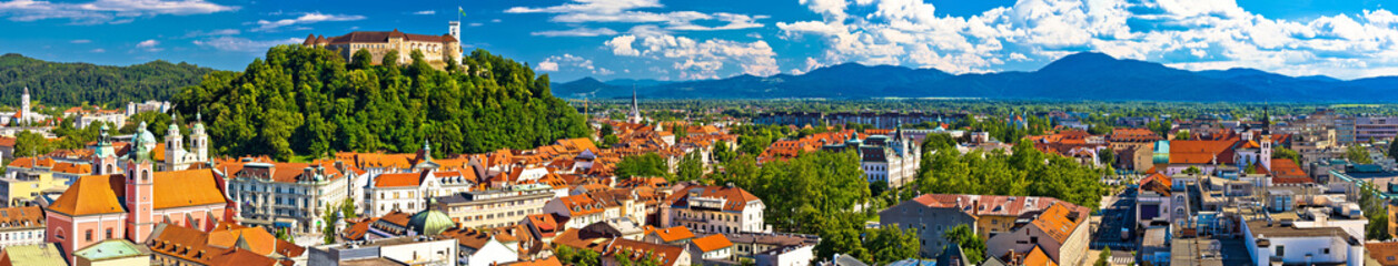 In de dag Oost Europa City of Ljubljana panoramic view