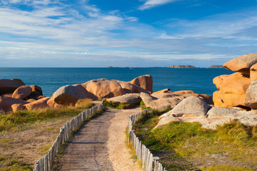 Foto auf Leinwand Kuste Pink Granite Coast in Brittany , France.