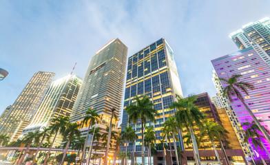 Fototapete - Miami, FL. City streets at sunset