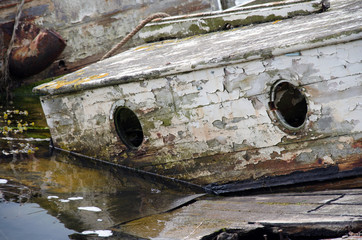 Bootswrack an den dänischen Ochseninseln in der Flensburger Förde.