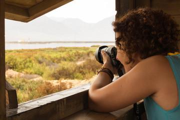 Fotografiando a los animales desde el hide.