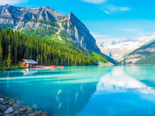Foto auf Acrylglas Kanada Beautiful Nature of Lake Louise in Banff National Park, Canada