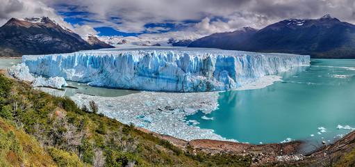 Foto op Textielframe Gletsjers Perito Moreno Glacier at Los Glaciares National Park N.P. (Argentina) - HDR panorama