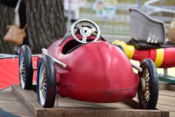 スポーツカーの遊具