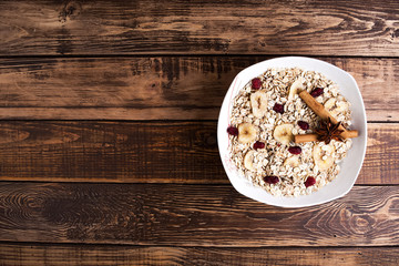 oats plate with fruits