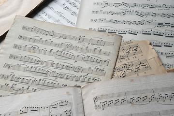Antiquarische Notenblätter