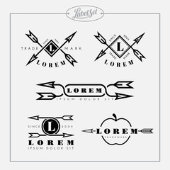 Outline label set with arrow