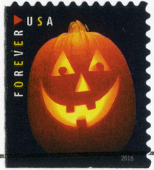 USA - 2016: devoted Halloween, Jack o'lanterns, pumpkin lantern