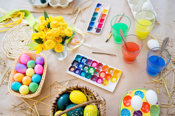 Easter eggs and brushes