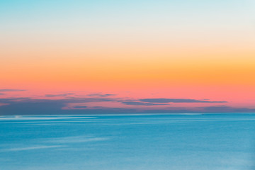 Poster Mer / Ocean Calm Sea Or Ocean And Colorful Sunset Or Sunrise Sky Background.