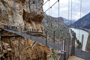 Fototapete - Suspension bridge of Caminito del Rey, Guadalhorce river