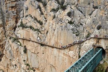 Fototapete - Caminito del Rey and railway bridge