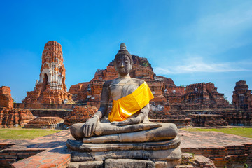 Wat Mahathat Temple in Ayuthaya Historical Park, a UNESCO world heritage site, Thailand