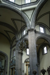 Candelabro en la Catedral de la Ciudad de México
