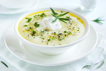 cauliflower and potato soup