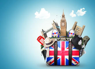 England, vintage suitcase with British flag Fototapete
