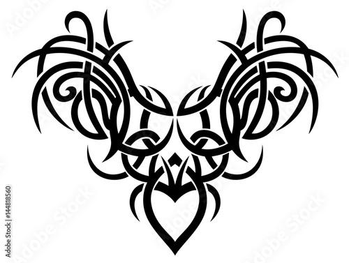gro es filigranes tribal tattoo ornament mit herz und fl geln stock image and royalty free. Black Bedroom Furniture Sets. Home Design Ideas
