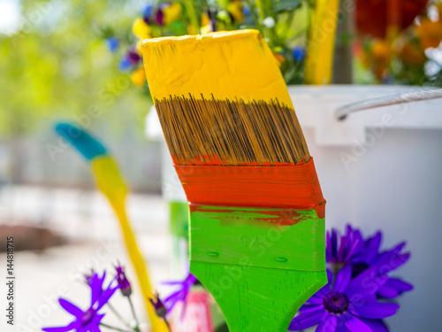 pinsel mit farbe stockfotos und lizenzfreie bilder auf bild 144818715. Black Bedroom Furniture Sets. Home Design Ideas