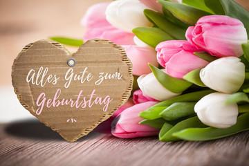 Tulpen und Geburtstagsglückwünsche