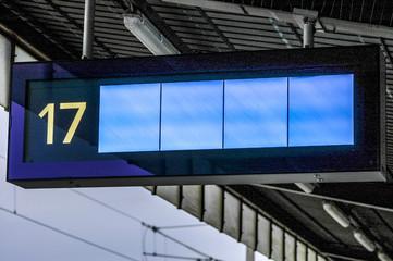 Anzeigetafel, Bahnhof, Österreich, Wien, Verkehr, Südbahnhof