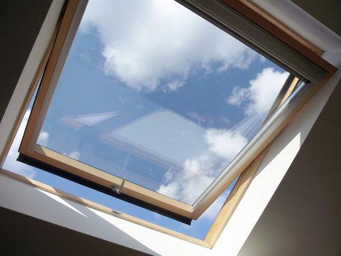 Dachausbau: Dachfenster Innen, geöffnet