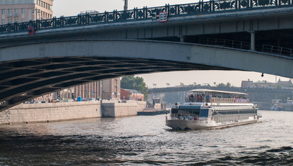Речные прогулки по Москве. Речной трамвайчик.