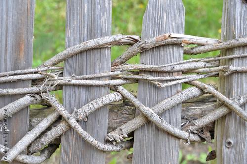 Zaun Aus Asten Und Holz Stockfotos Und Lizenzfreie Bilder Auf