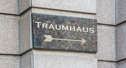 Schild 204 - Traumhaus